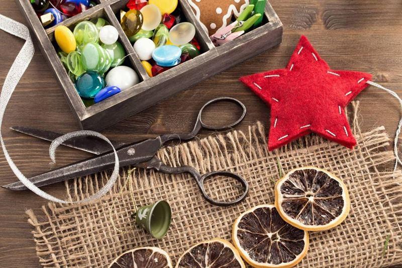 Kinh doanh đồ handmade cũng là một cách kiếm tiền tại nhà thú vị